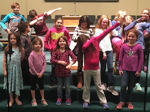 For boys and girls in grades 1-5. Kids rehearse for 30 minutes every Wednesday in the choir room, and sing in the morning worship service approximately every other month.